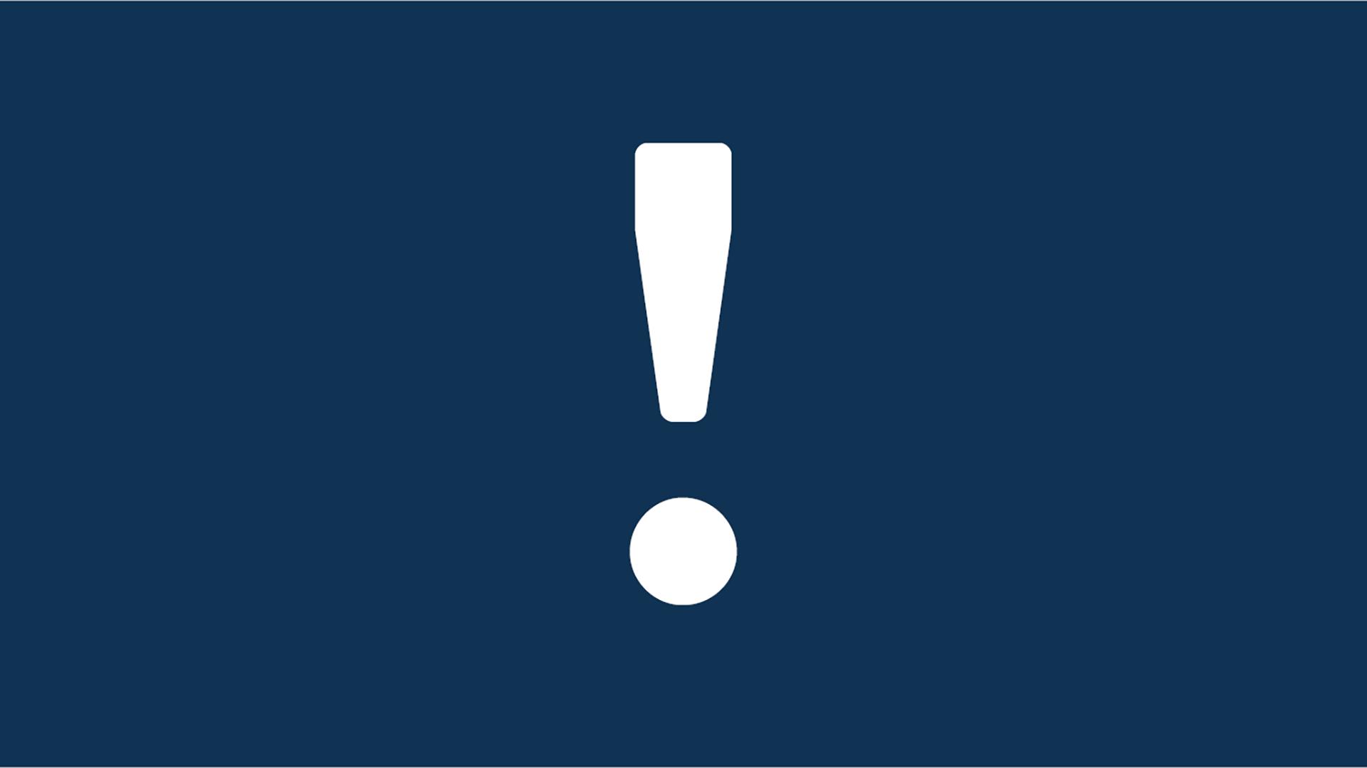 Biểu ngữ có hình một biểu tượng dấu chấm than màu trắng trên nền màu xanh đậm.